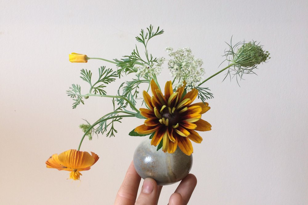 porcelain budvase, shirley poppy, queen anne's lace - Emma Smith