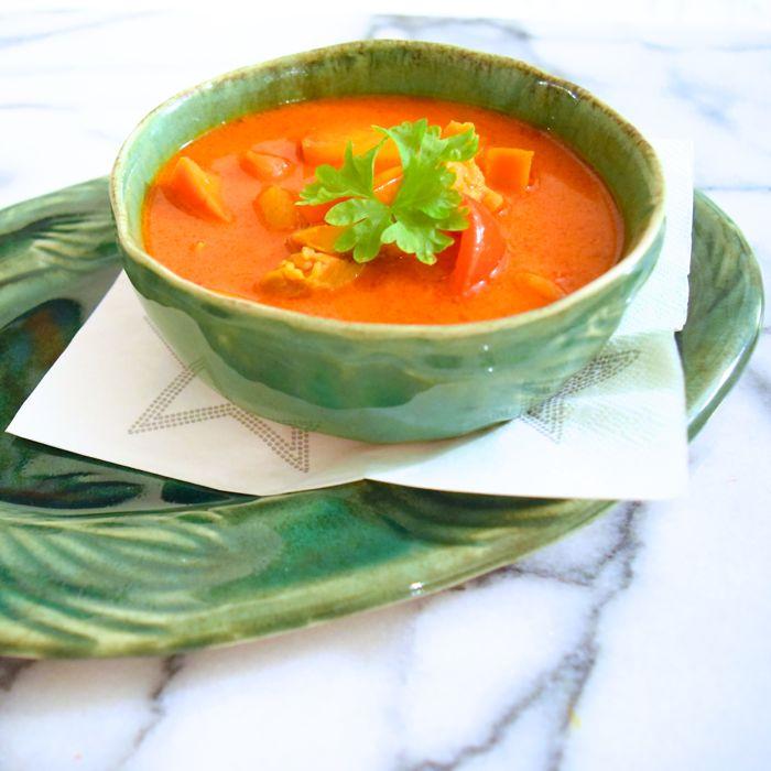 kyckling- och currysoppa