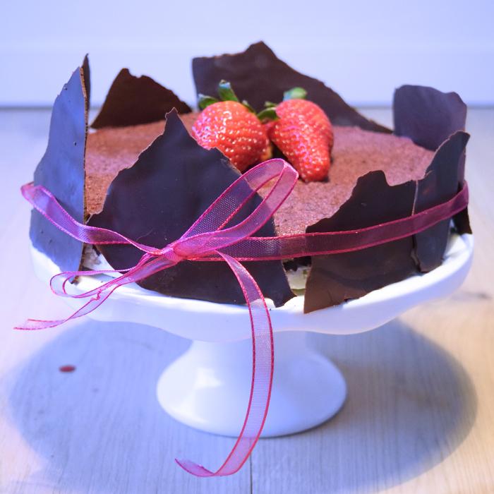 blåbärs- och bountytårta