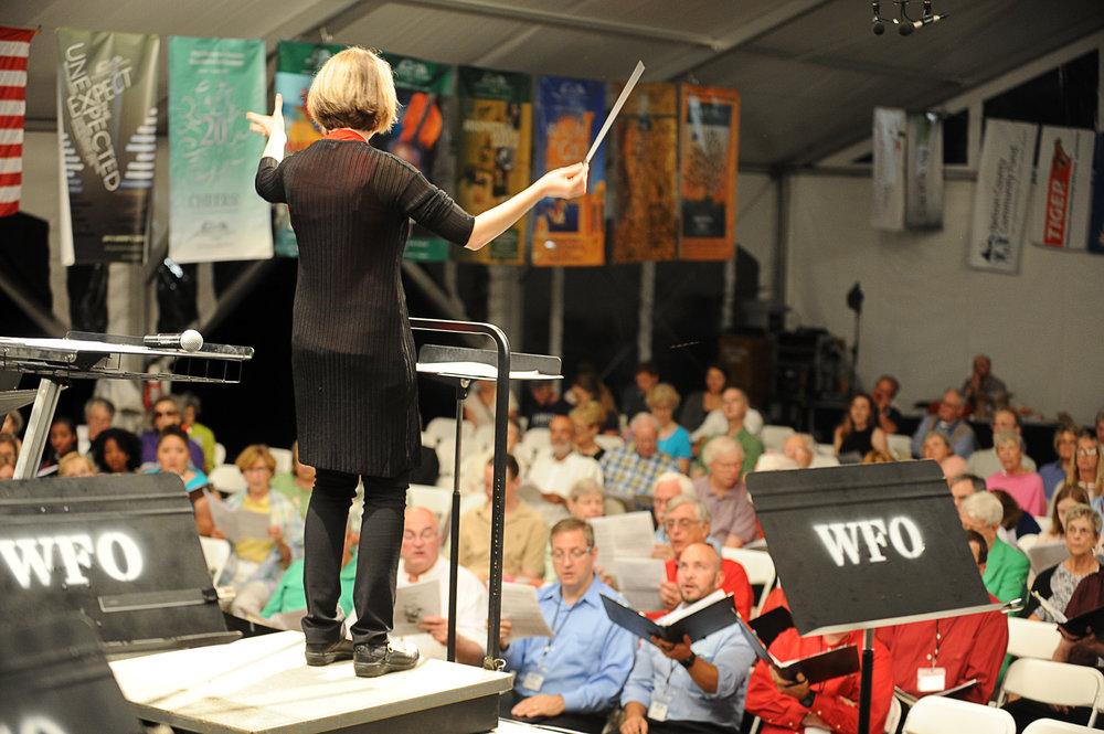 WPA Artistic Director Erin Freeman leads the 2016 Sing with Us! participants in Handel's Messiah. Photo credit: Paul Purpura