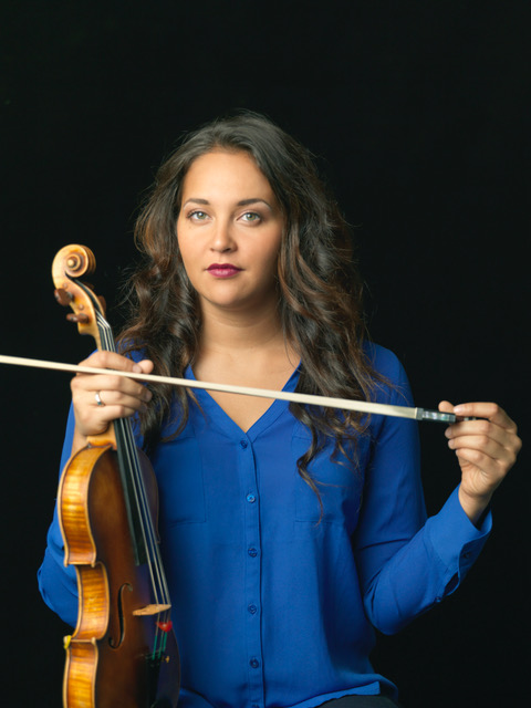 Meredith Riley, violin
