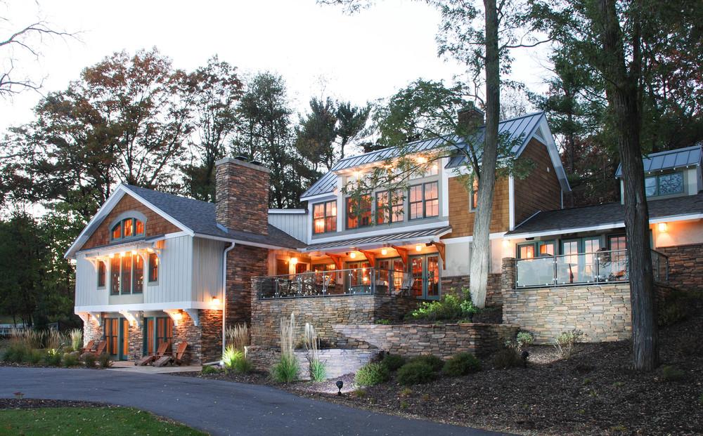 Newport Lodge  | Wisconsin Dells, Wisconsin