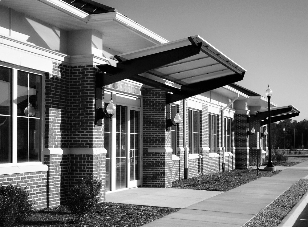 Petersburg Medical Bldg_03bw.jpg