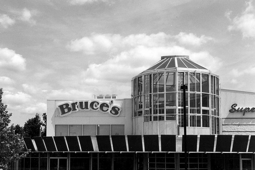 Bruce's002.jpg