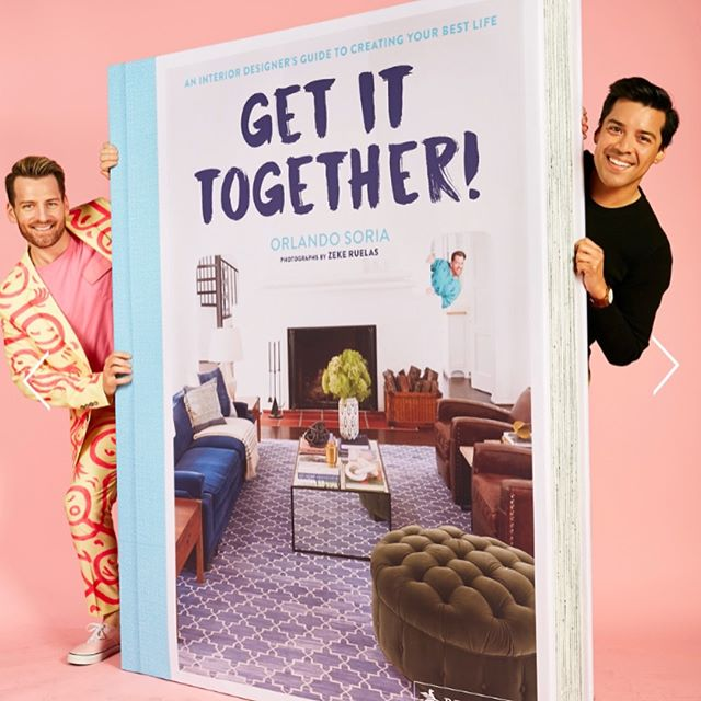 ✨Get it Together 💁🏼‍♂️ and buy @mrorlandosoria book 🤣 Equal parts interior design and gay satire. Altogether HILARIOUS AF 💖 Wildly relatable except the being old part 😉 Plus the book guest stars @jefferyself 🌈 You can't lose! #GETITTOGETHERORLANDO #instagay #gay #bigbooks #westelm #siiiiiiiip #okaybye