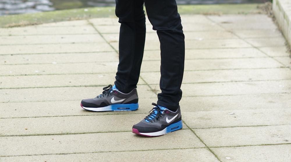 Casual snob Nike Air Max 1a.JPG