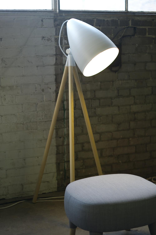 Casual snob - Floor Lamp.JPG