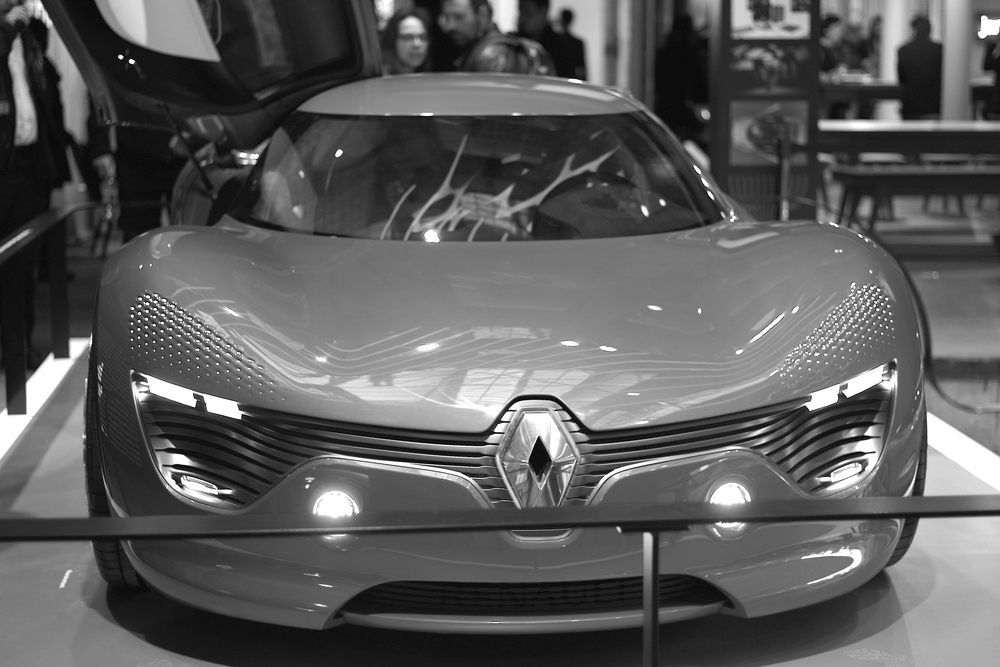 Renault Dezla - Casual snob 10.JPG