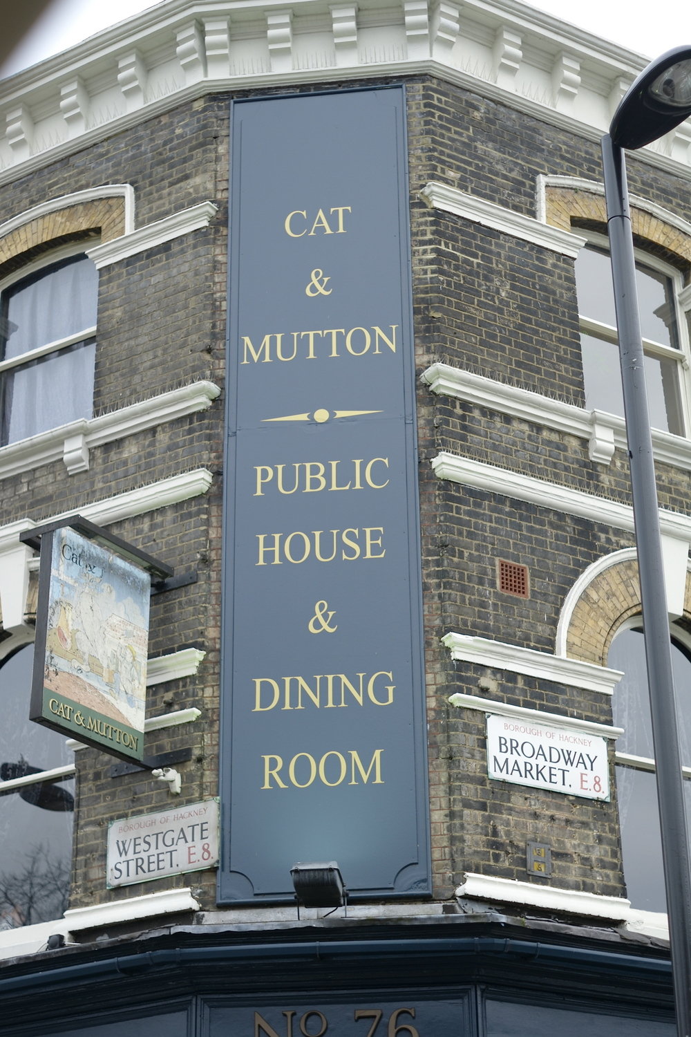 cs Broadway Market Street - Cat & Mutton