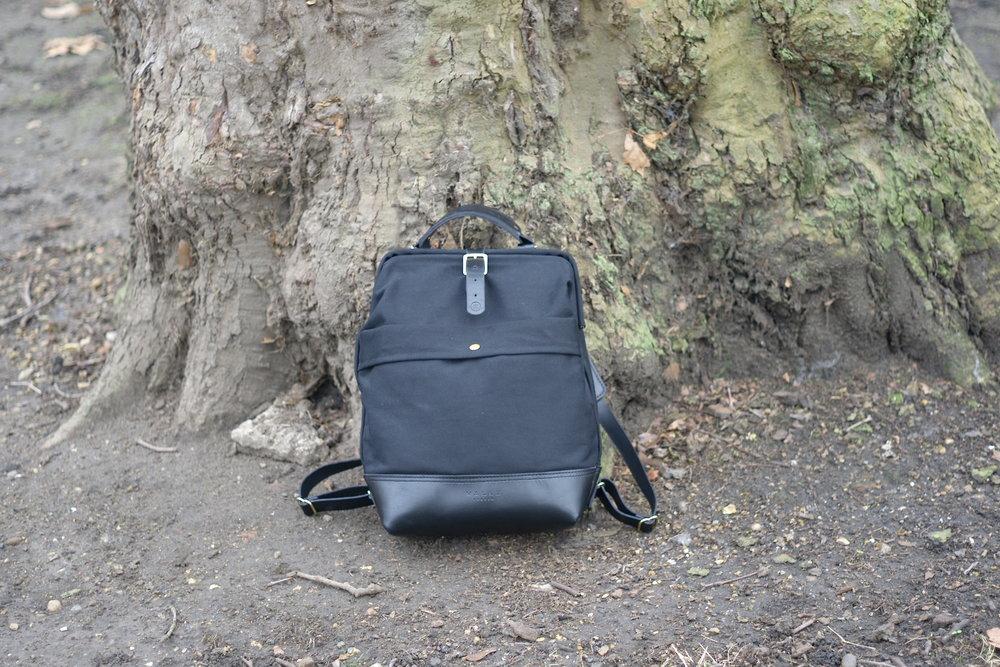 Casual snob John Hybrid Backpack 6.JPG