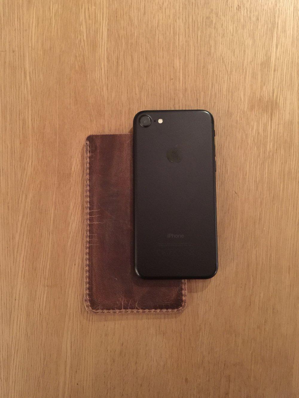 Casual snob - Ryan London Case Iphone 7 - 4.jpg