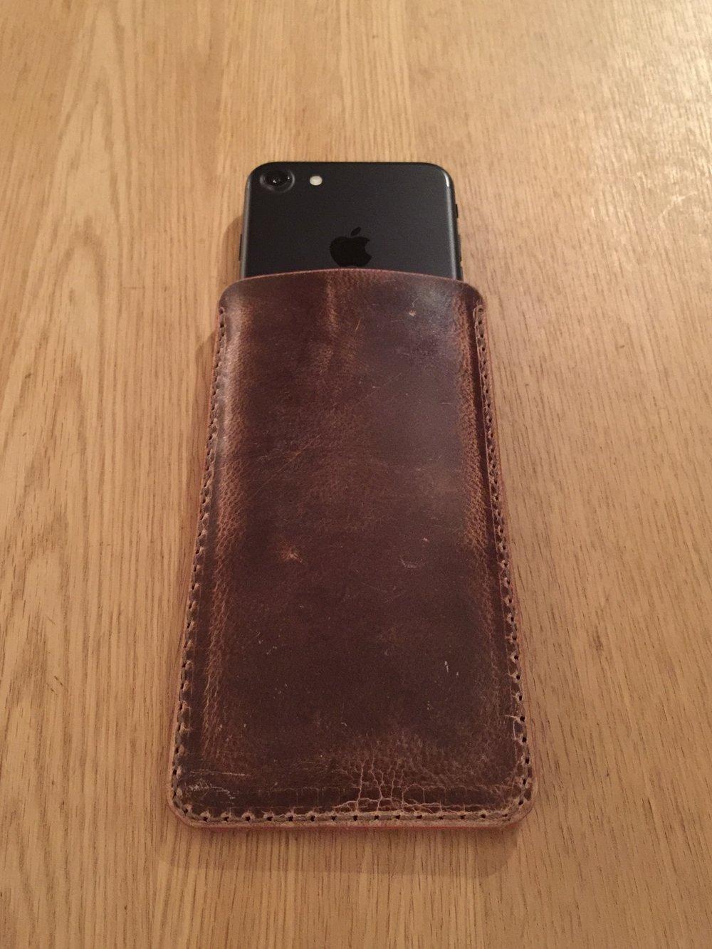 Casual snob - Ryan London Case Iphone 7 - 8.jpg