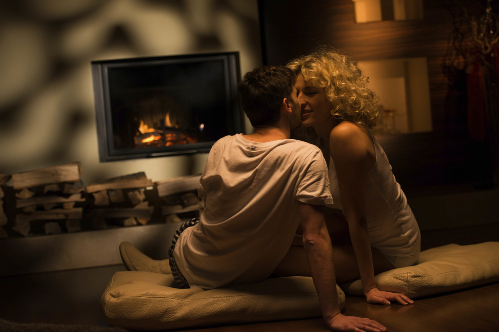 Fireplace_Lovers_Web.jpg