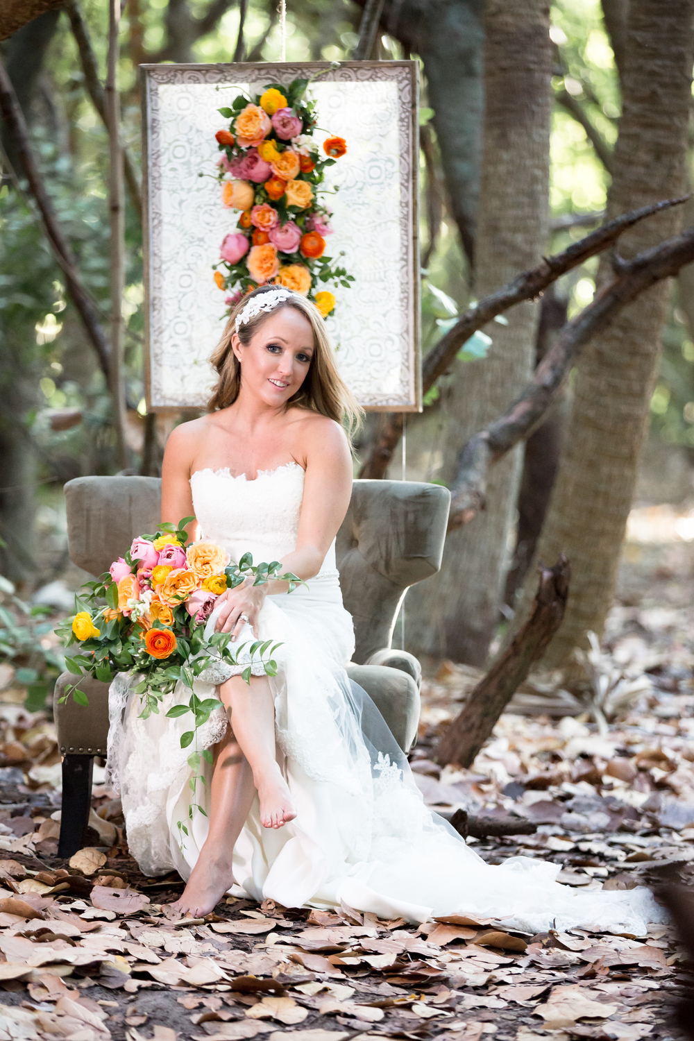 0197Romatic forrest styled shoot.jpg