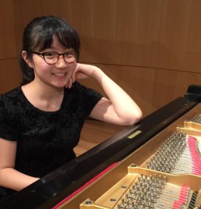 Lesley Sung Piano