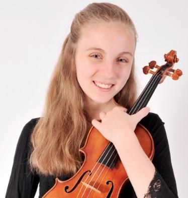 Alexandra Woroniecka, Violin