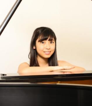 Aoi Yazawa Piano
