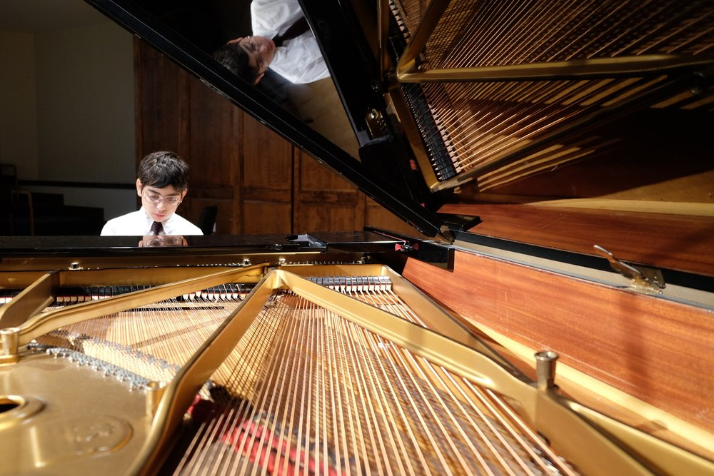 Max Milian, Piano Max Milian is an 11-year-old student at MS 51 in Brooklyn, NY. He is a member of the ISO Symphony Orchestra and has participated in the Lyra Music Festival and Workshop for the past three summers as a pianist and cellist.