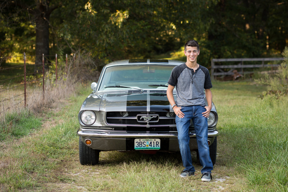 senior_guy_mustang_missouri.jpg