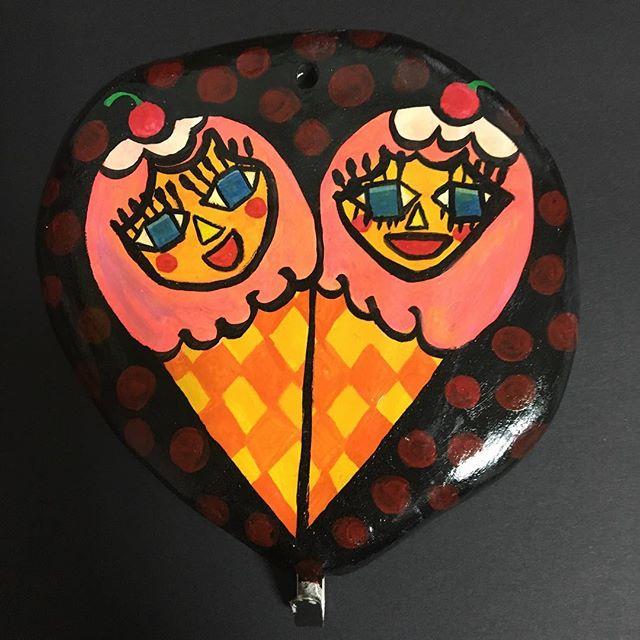 Colgador 5/2016 #목걸이행거 #clay #diseño #watercolors #composicion #그림 #디자인 #일러스트레이션 #포스터 #necklacehanger #handmade #hechoamano #핸드메이드 #그래픽디자인 #여름#interiordesign #인테리어디자인 #moon #luna #예뻐 #cutiegirl #cartoon #ilustración #petitfluors #카플 #빈티지 #vintagecartoons #vintage