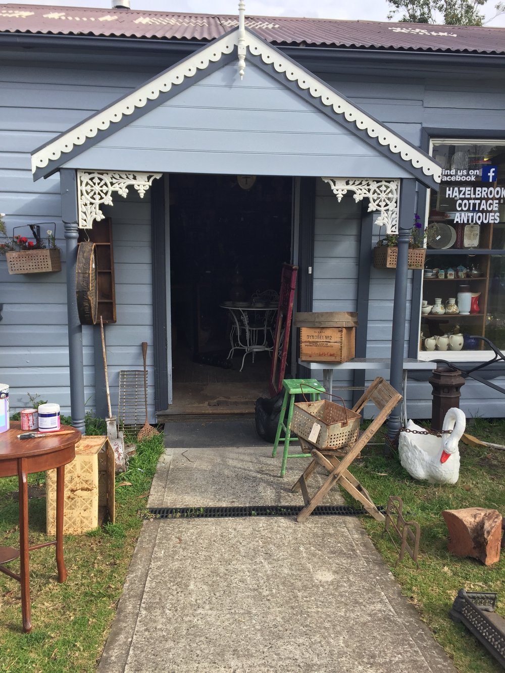 Hazelbrook Cottage Antiques