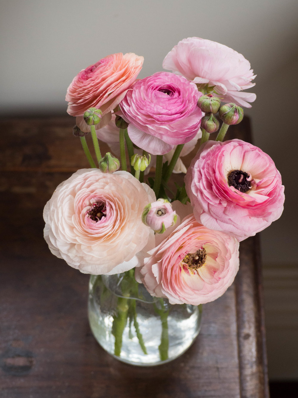 Beautiful ranunculus from Petal Met Sugar