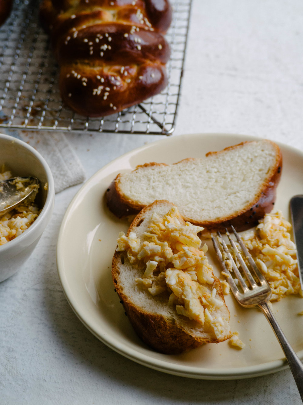 Challah with Egg and Onion