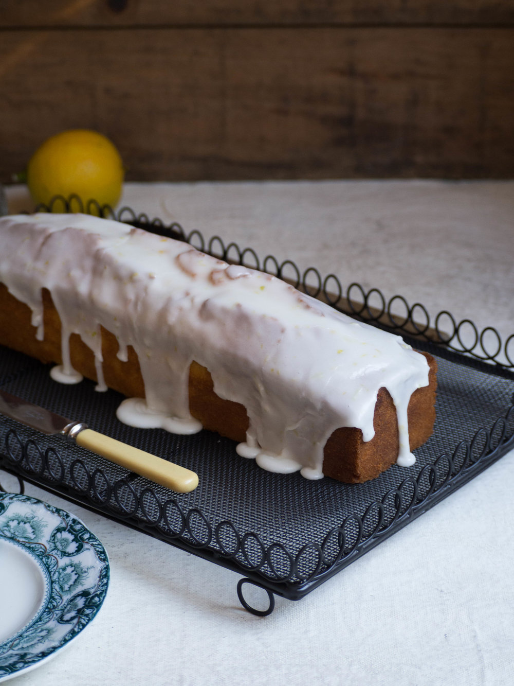 Lemon Drizzle Loaf using Bergamots