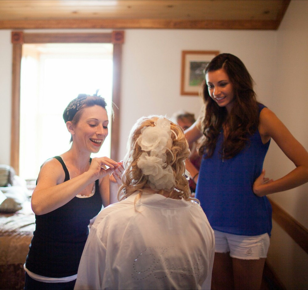 Image-RW Photography  Behind the Scenes Bridal Makeup at   Belle Mountain Estates, Lewistown PA
