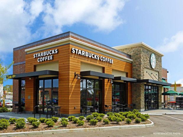 Starbucks-Tuscaloosa-AL-Main-Pic-620x465.jpg