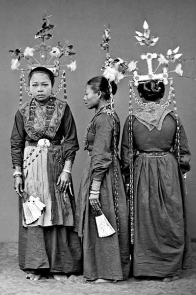 WowShack  NSFW  The Real Culture Of Indonesian Women: 22 Historical Pictures Facebook Didnt