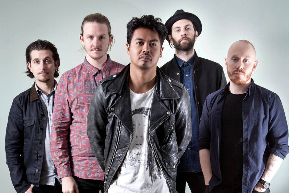 http://www.projectrevolver.org/genre/rock/the-temper- trap-top- 10-songs/