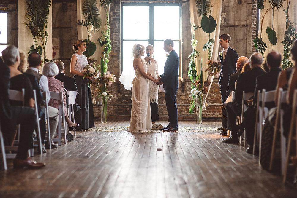 molly-matt-brooklyn-nyc-greenpoint-loft-wedding-lawrence-braun-lwrncbrn-Hi-Res-0369.jpg