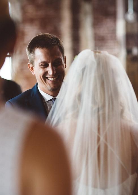 molly-matt-brooklyn-nyc-greenpoint-loft-wedding-lawrence-braun-lwrncbrn-Hi-Res-0425.jpg