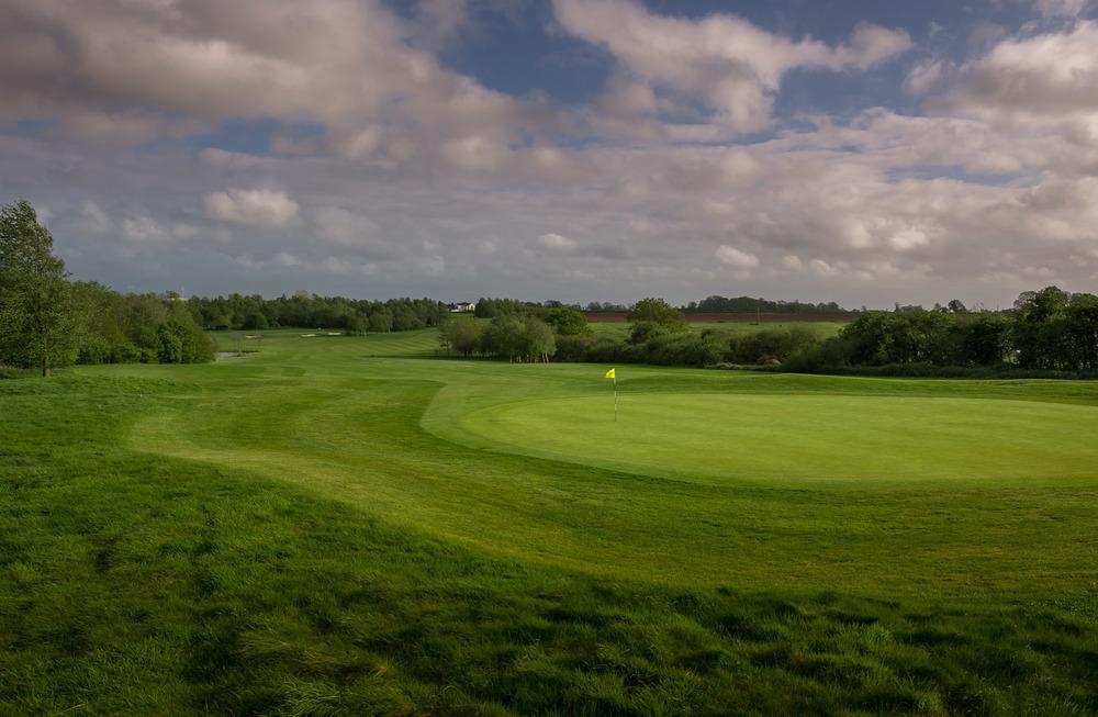 BGL_Thornbury_GolfCourse_AndyHiseman_72dpi_EmailWeb-13.jpg