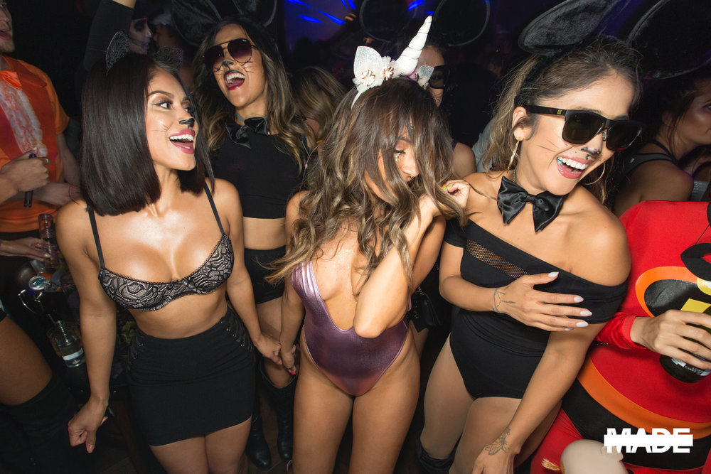 halloween at avenue nightclub (8).jpg