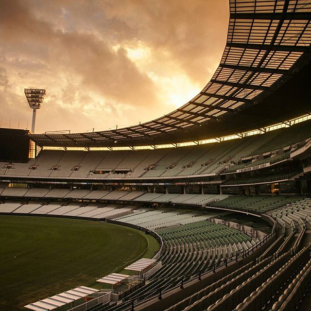 A couple shots from last night while photographing for an annual RMIT University awards night at the Melbourne Cricket Ground. Forecast for rain. Fortunately it didn't.  #rmit #awardsnight #sunset #photography #MCG #Melbournecricketground #Melbourne #Australia #sports #cricket #rmituniversity