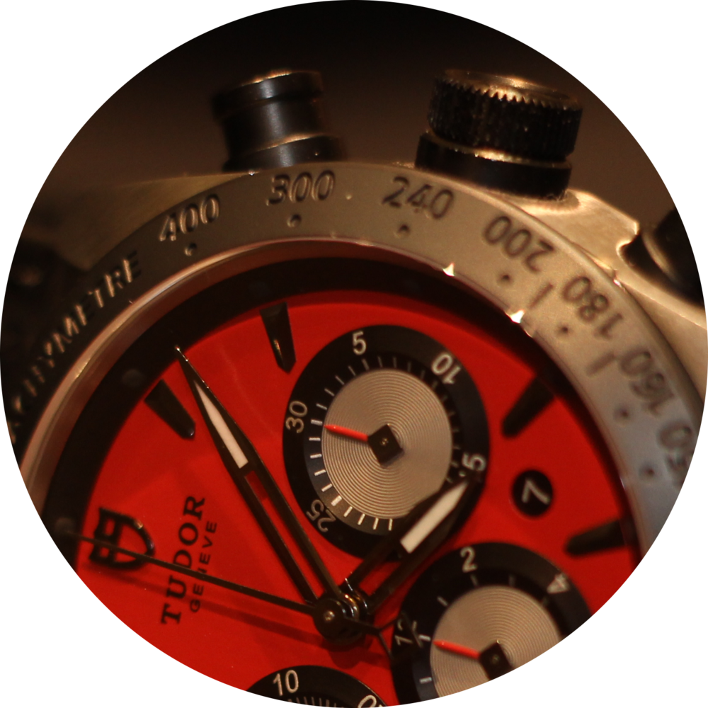 Tudor Fastrider red 3 oclock dial.png