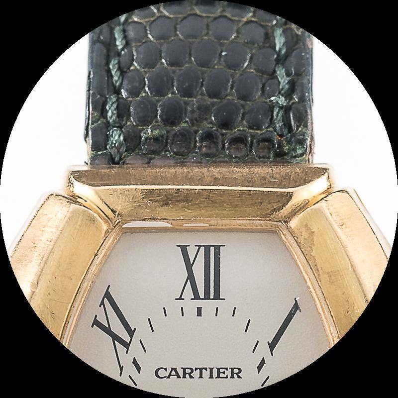 Cartier Tonneau Bamboo 12 oclock.png