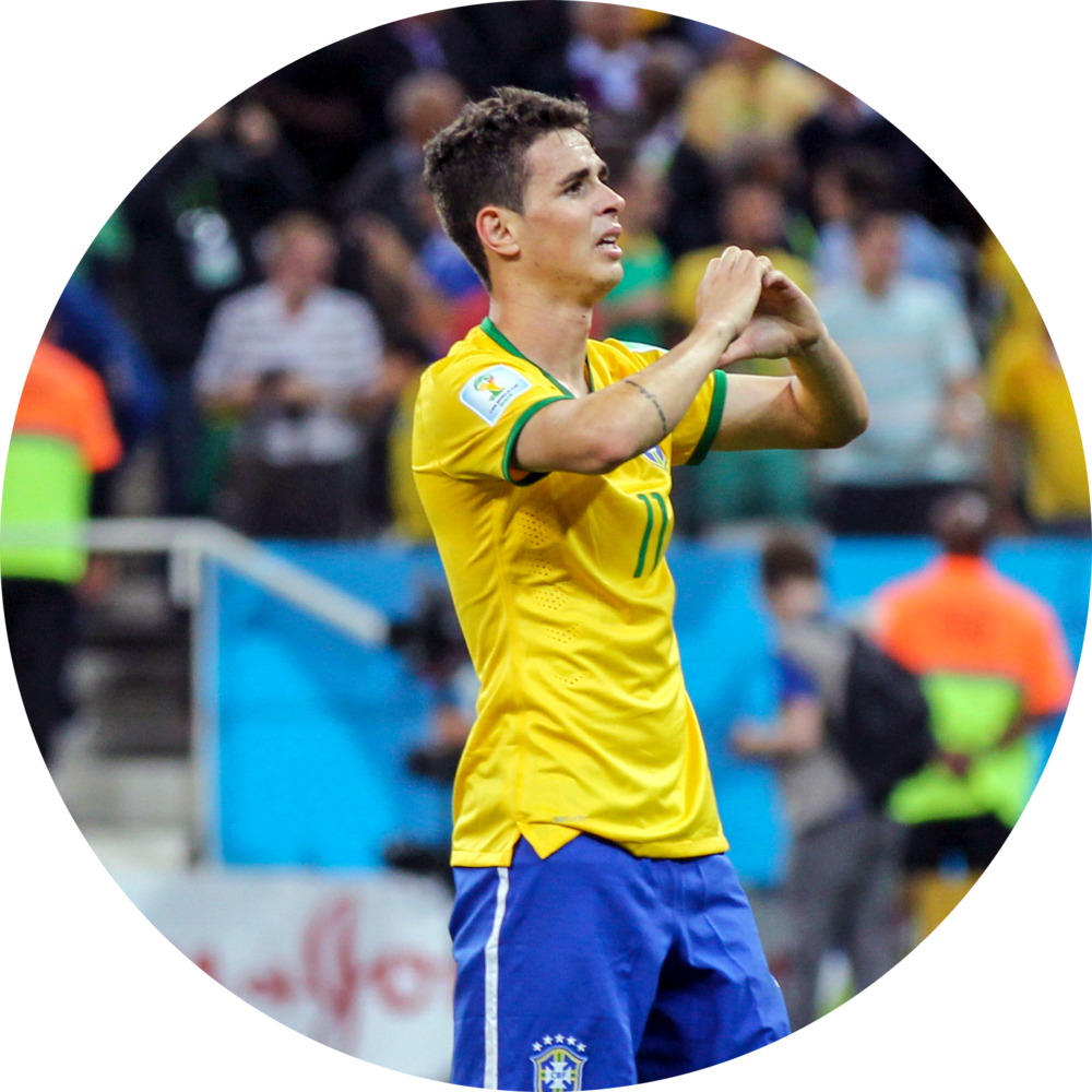 Oscar whilst playing for his national team of Brazil. Image courtesy of Wikipedia.
