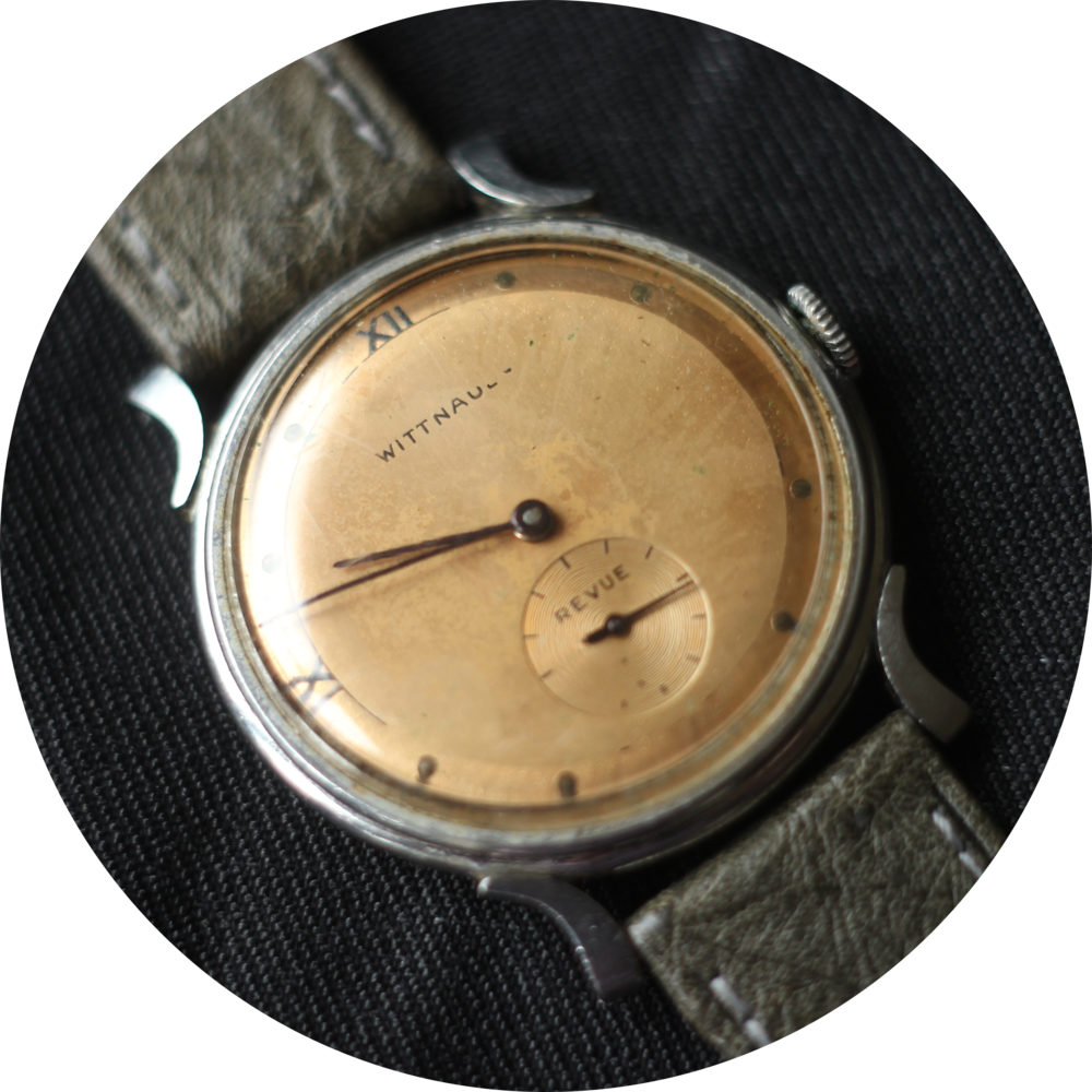 Wittnauer revue dial circle.png