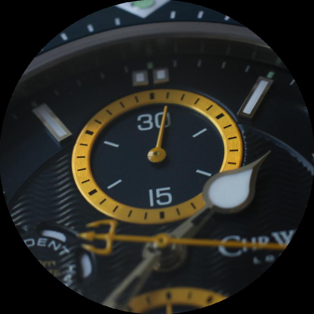 C60 Trident Chrono dial macro circle 2.png