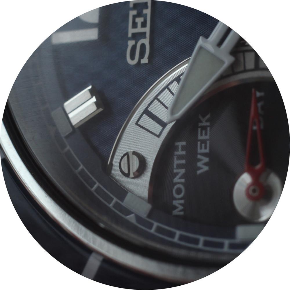 Seiko dial macro circle 6.JPG