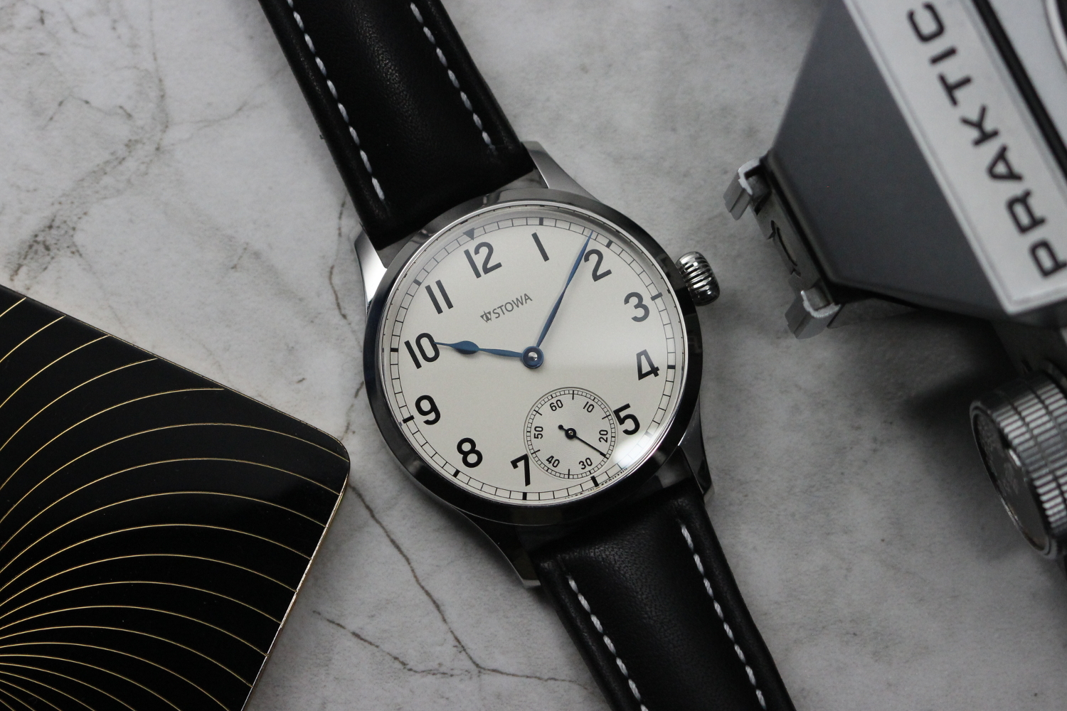 Inside out stowa marine original silver timepiece chronicle for Marine watches