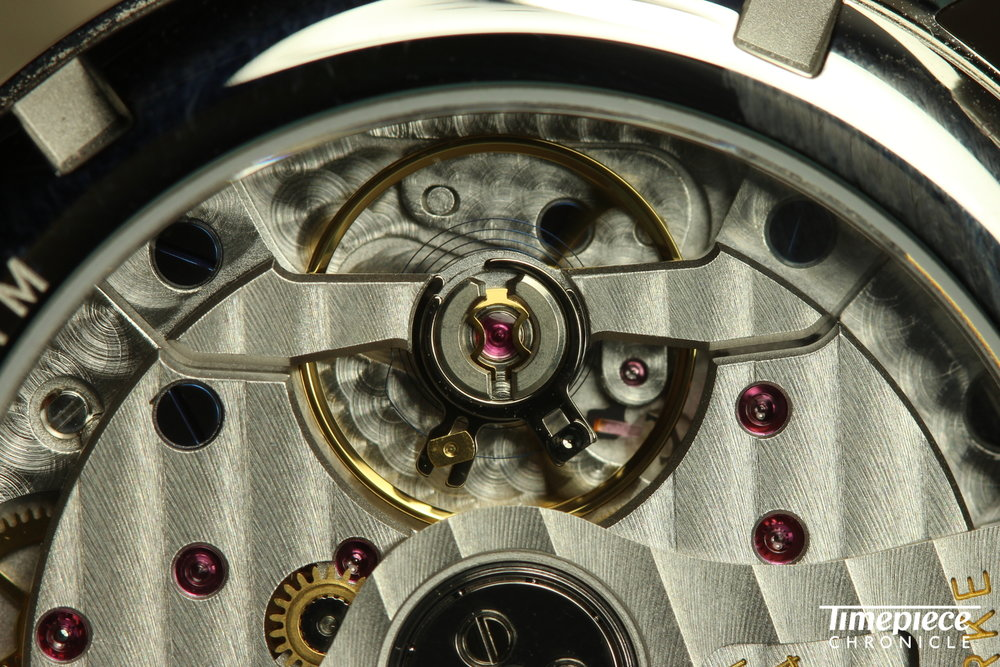 Nomos Club Neomatik movement shot macro 2.JPG