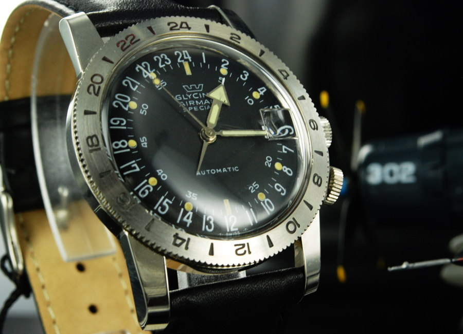 The Glycine Airman  Special with only 17 jewels. Photo courtesy of WatchuSeek user Iguana Sell.