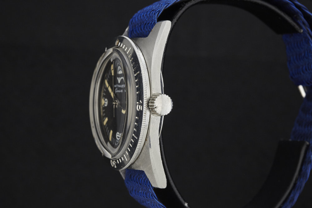 Wittnauer_Diver_AS00903_Crown.jpg
