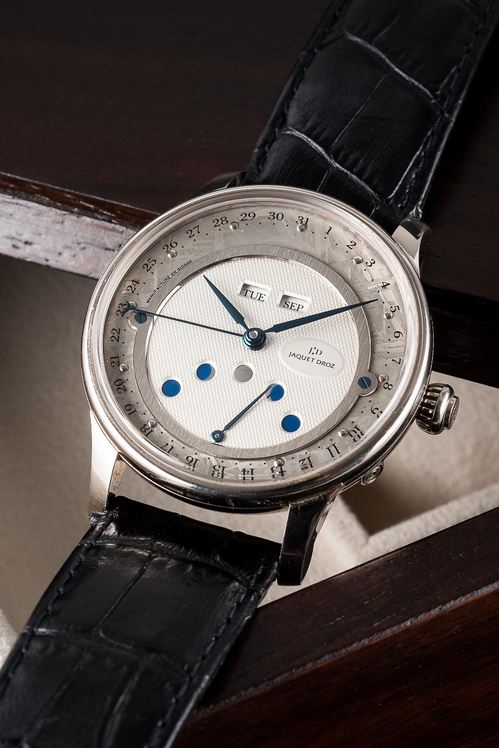 Lot 63 - Jaquet Droz Meteorite dial triple calendar