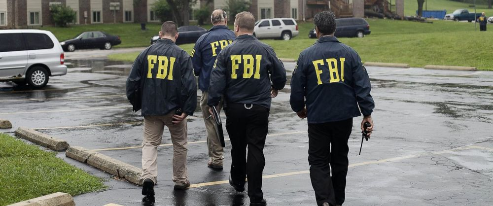 FBI negotiators are expected to remain calm under pressure. Elite coaches and athletes can learn a lot from them.