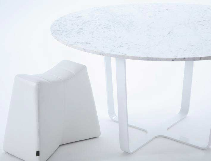 trace-splay-1400-diameter-white-marble-top-with-leather-pinch-stool.jpg